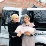 Der Hofladen vom Gut Vorder Bollhagen hat auch in diesem Jahr zwei Weihnachtsgänse an die Suppenküche in Bad Doberan gespendet.