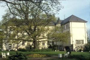 Schlicht: Nach dem Zweiten Weltkrieg und während der DDR-Zeit war die Burg Hohenzollern ihres romantischen Schmuckes beraubt.